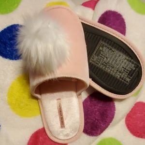 New Victoria Secret Pink Slippers